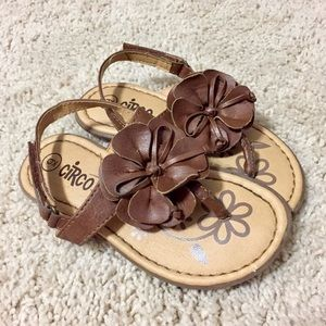Circo Brown Sandals size 9